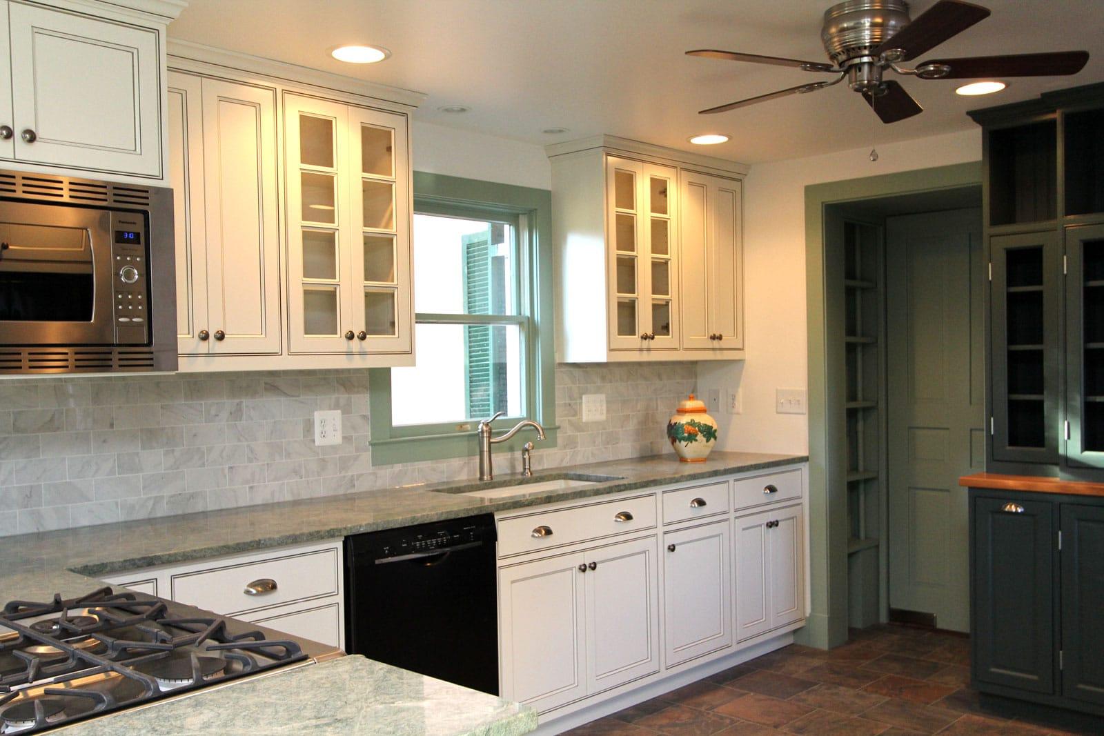 Gorgeous Kitchen Renovation In Potomac Maryland: List Of Services Slide Kitchen Hayes