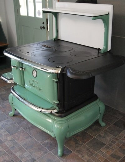 Queen Anne Coal Stove