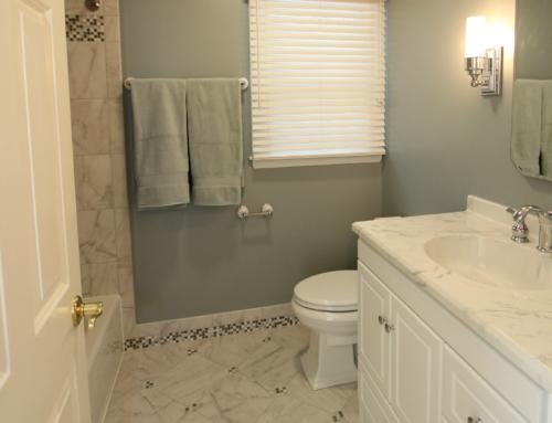 Baldwin Cool Toned Bath with Mosaic Tiled Baseboards