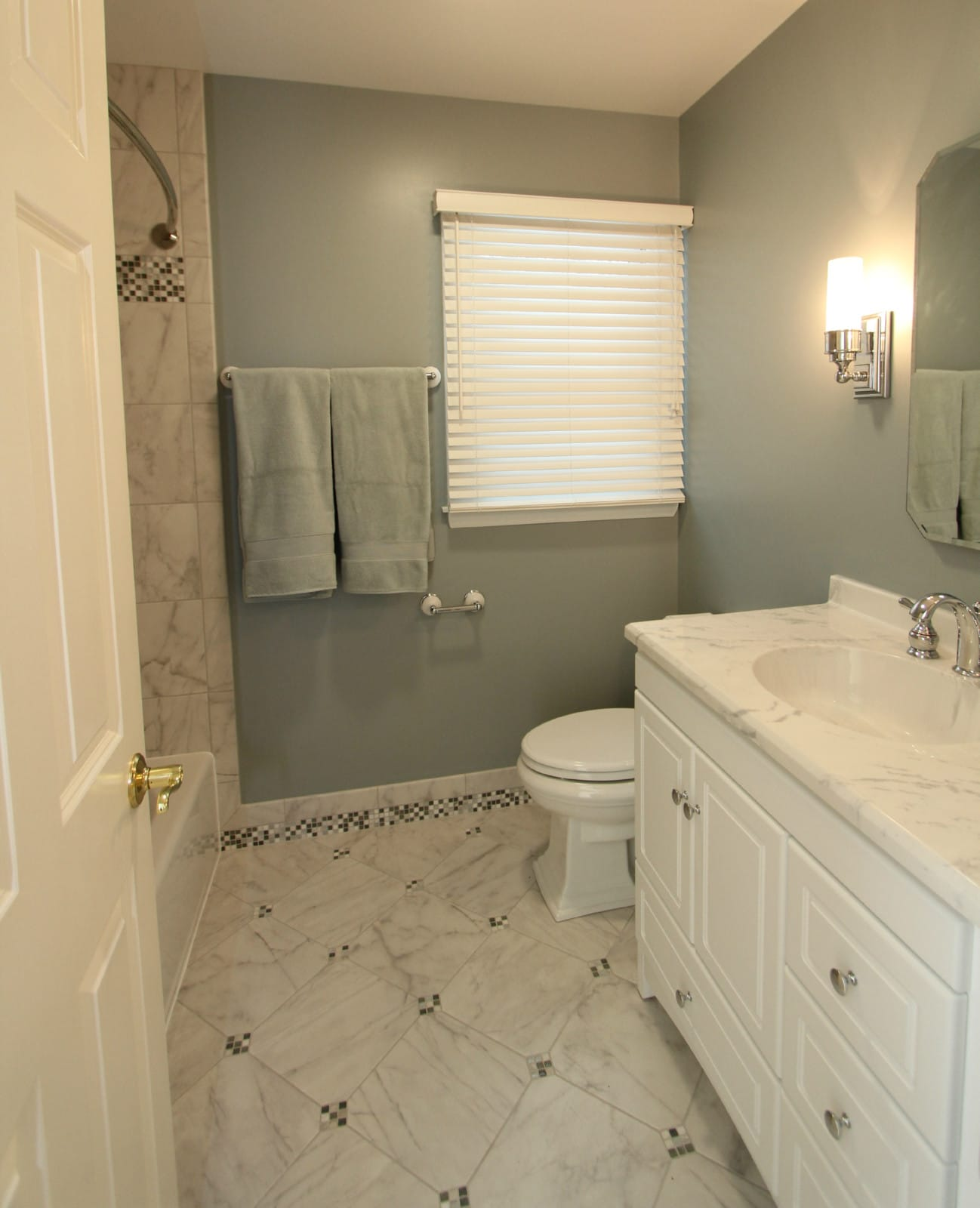 Bathroom Tile Contractor: Baldwin Cool Toned Bath With Mosaic Tiled Baseboards