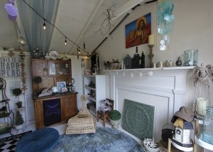 she_shed_interior