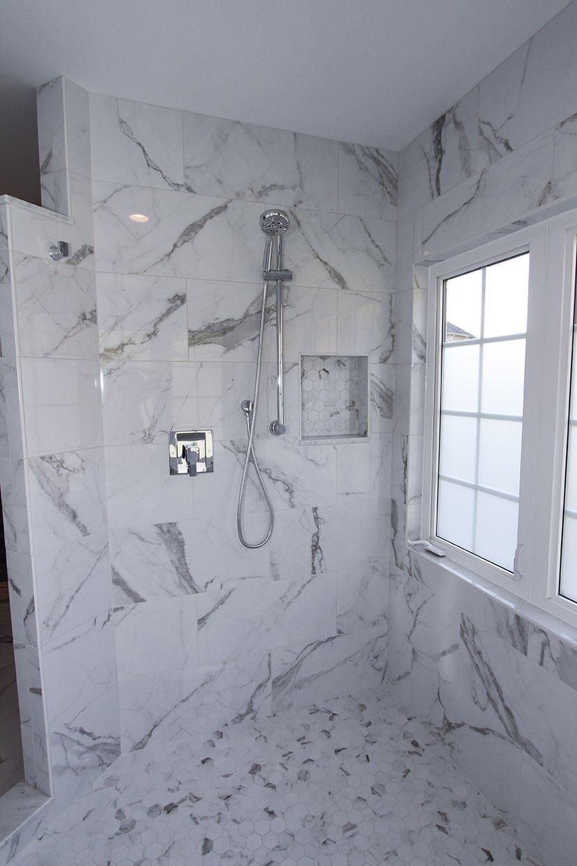 moentrol_shower
