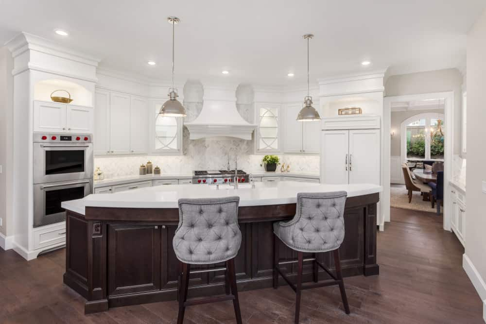 Curved Shaped Kitchen Island