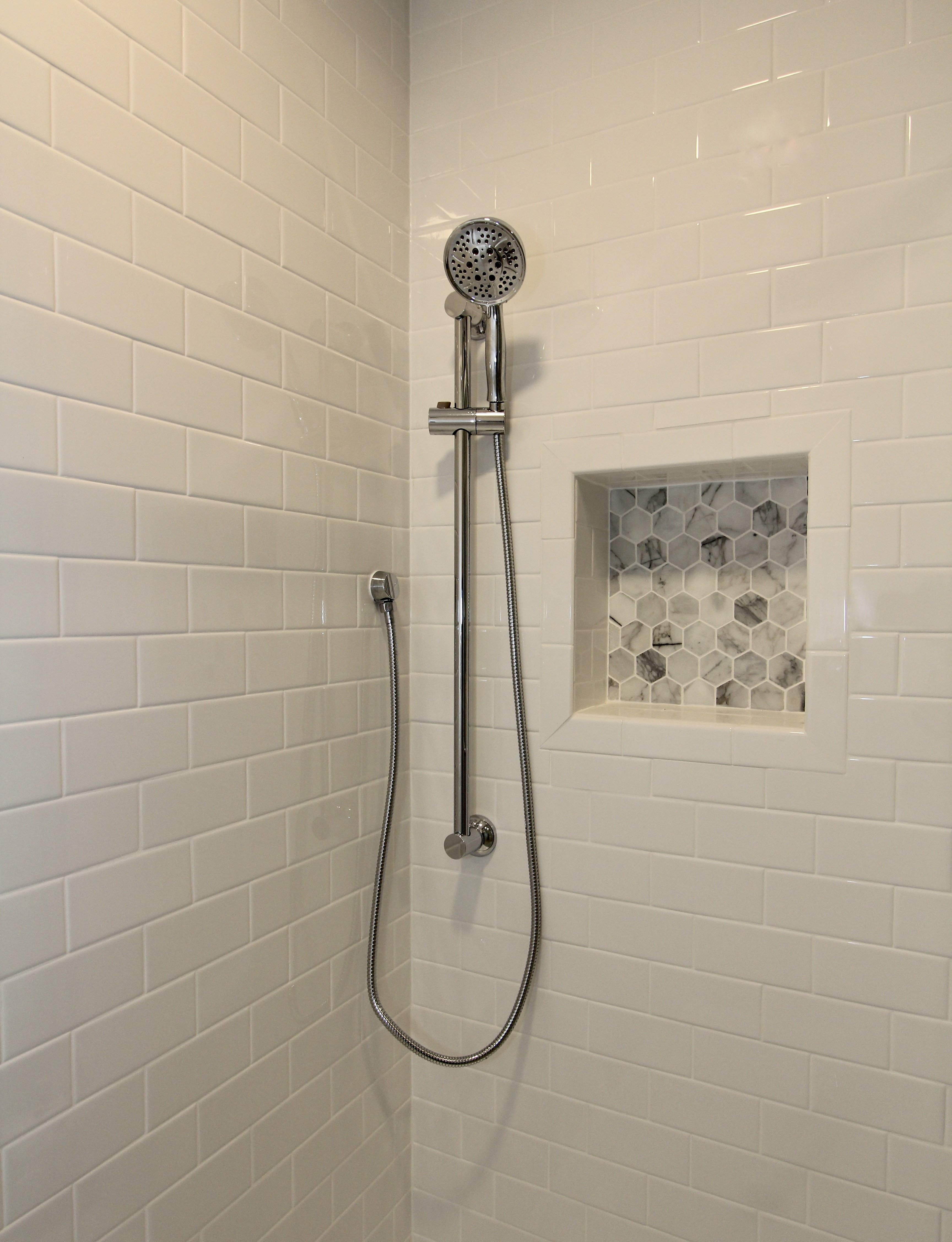 Monkton Hexagon Shower Niche